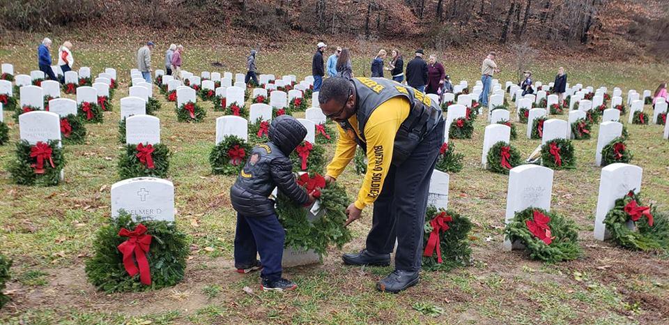 Wreaths Across America 2018